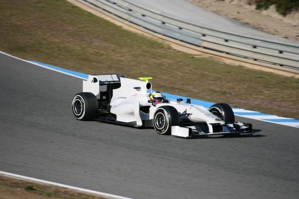 Pedro de la Rosa to Pirelli, Pedro puede ser en 2013 el probador de Pirelli y McLaren